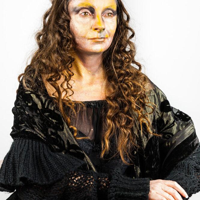 DAUGHTER OF MONA LISA